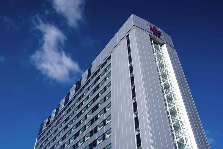 park-regis-hotel-slide-1.jpg