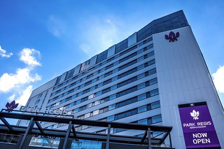 park-regis-hotel-slide-2.jpg